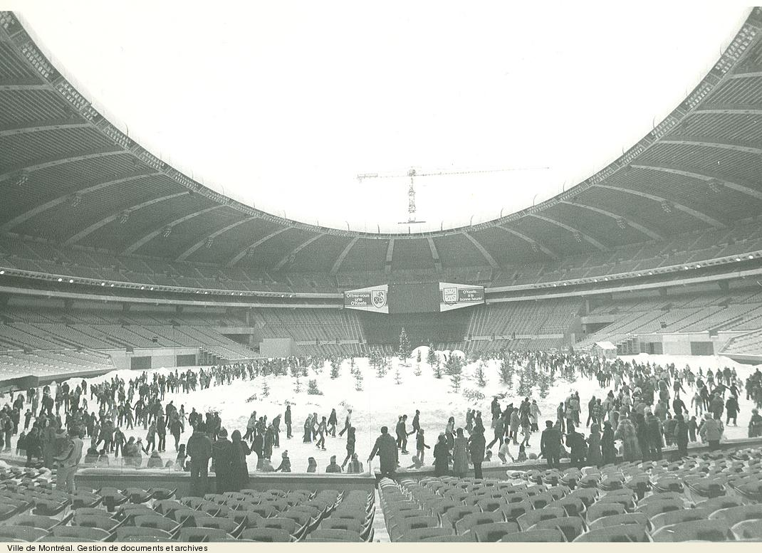 Olympic stadium democracy in montreal archives de montr al for Club de natation piscine parc olympique