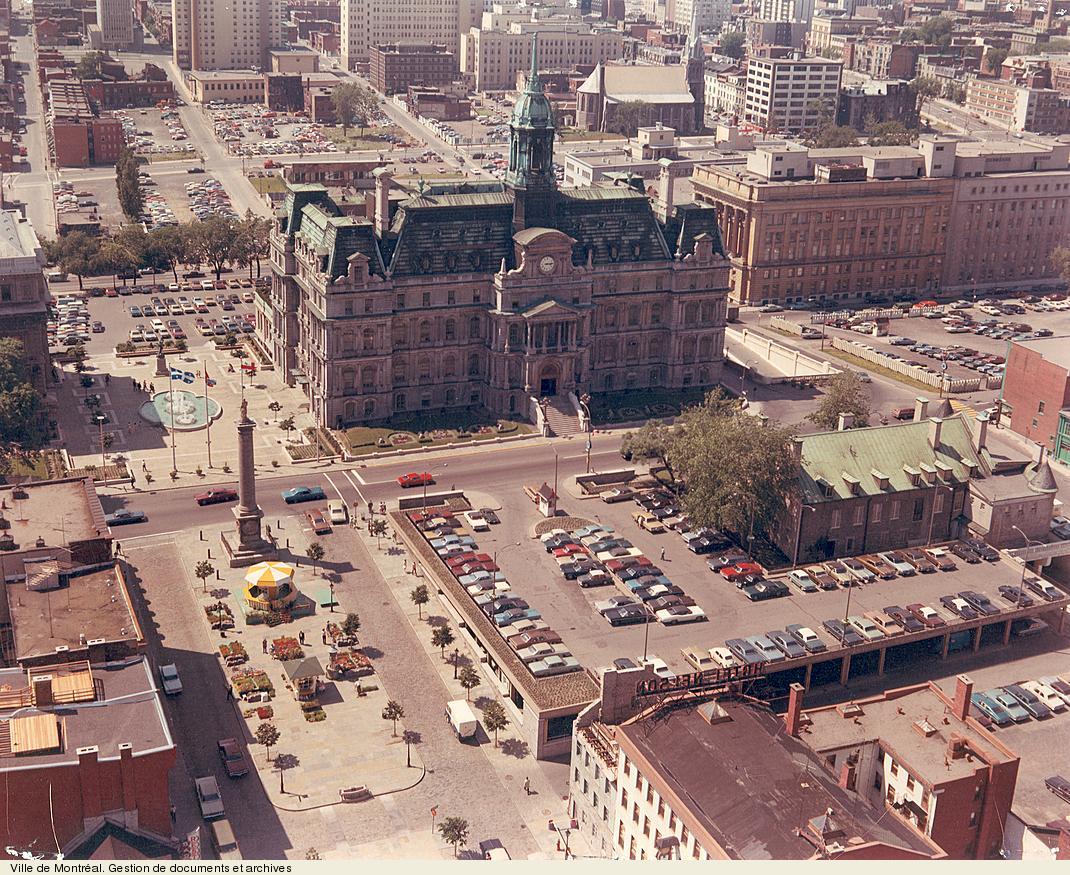 H tel de ville la d mocratie montr al archives de for Hotel piscine montreal