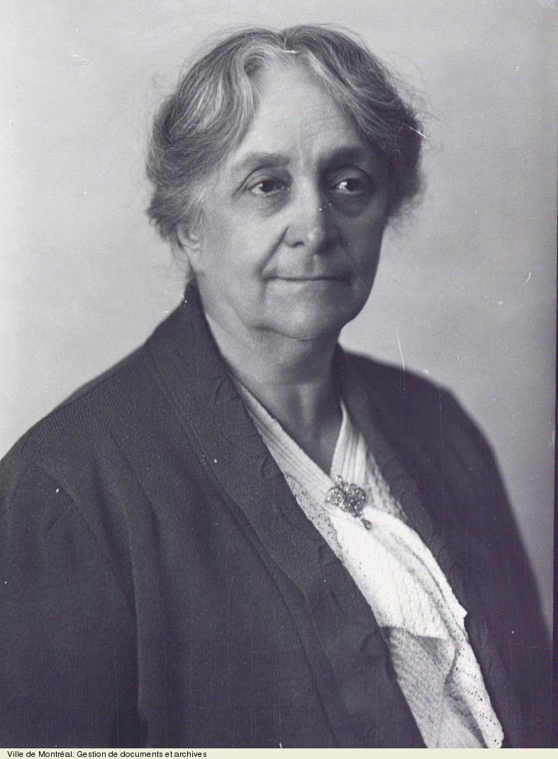 Lucie Bruneau, vers 1940. VM94,Z1054