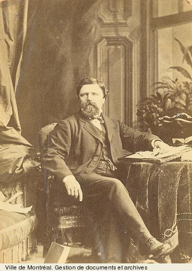 Charles-Joseph Coursol. - [19-]. - 1 photographie. BM1,S5,P452-3